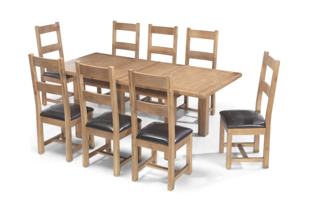Aylesbury Solid Wood Rustic Oak Large Extending Dining Table With 8 Chairs