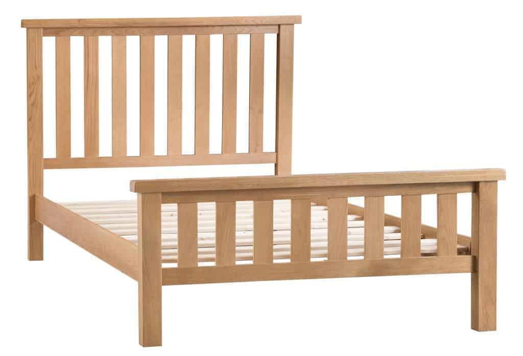 Banbury Solid Chunky Wood Rustic Oak 4ft 6inch Double Size Bed