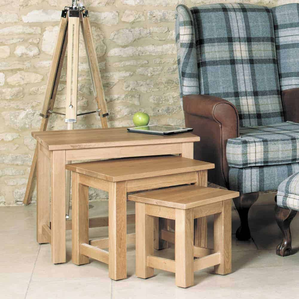 Baumhaus Mobel  Solid  Oak Nest Of 3 Tables